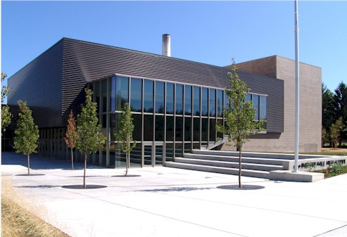 Photo of Nathan Hale's Performance Arts Center from street